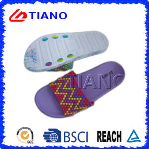 Lovely EVA Indoor Slipper Studded with Beads for Women (TNK35912) pictures & photos