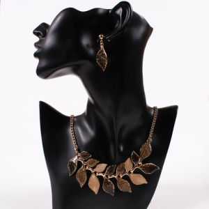Fashion Metal Alloy Leaves Statement Choker Necklace Earring Jewelry pictures & photos