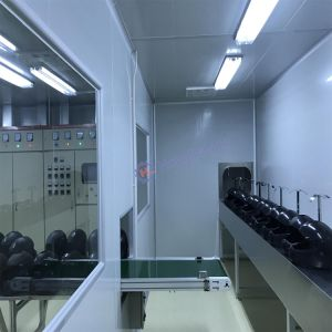 Conveyorised Automatic PU Lacquer Spray Guns Coating Line for Helmet pictures & photos
