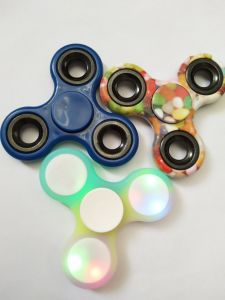 China Supplier for Finger Fidgets Spinner Toys pictures & photos