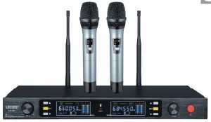 Ls-Q3 Dual Channels UHF Wireless Microphone pictures & photos