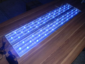 High Power 162W LED Aquarium Lights for 150cm Tank pictures & photos