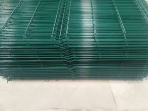 Anping Factory PVC Coated Galvanized Wire Mesh Fence Low Price pictures & photos