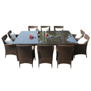 Classic Design PE Rattan Outdoor Furniture Dining Chair Table Set with Glass pictures & photos