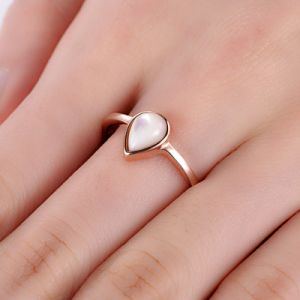 Rose Gold Teardrop Ring with Pearl pictures & photos