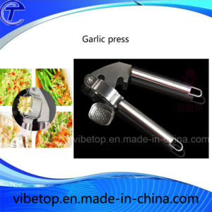 Wholesale Applied Kitchen Tool Stainless Steel Garlic Press Factory Price pictures & photos