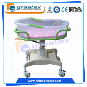 Plastic Hospital Baby Cot, Baby Automatic Cradle Swing (CE/FDA/ISO) pictures & photos