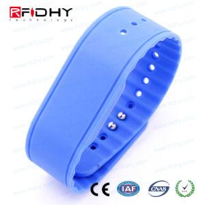 MIFARE DESFire 4k EV1, EV2 RFID NFC Silicon Wristband pictures & photos