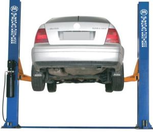 4t Hydraulic Two Post Car Lift pictures & photos
