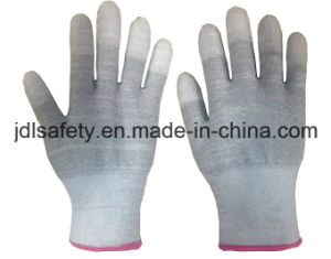Carbon Fiber Safety Glove with PU Coating (PC8102) pictures & photos