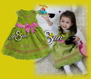 Children′s Apparel / Children′s Wear / Girl′s T-Shirt / Boy′s (CH0063) pictures & photos