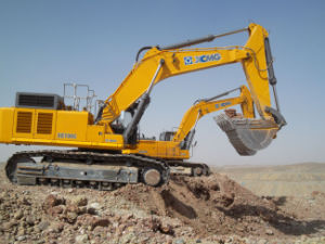 Mini Wheel Excavator Machine pictures & photos