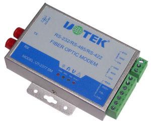 UT-2377SM Optical Fiber to RS-232/422/485 Single Modem (UT-2377SM)