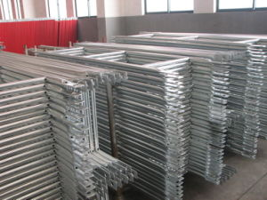 Double Front Guard Rail Scaffolding for Sales pictures & photos