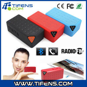 Wireless 3.5mm Bluetooth Speaker with TF Card Hands-Free Call Function