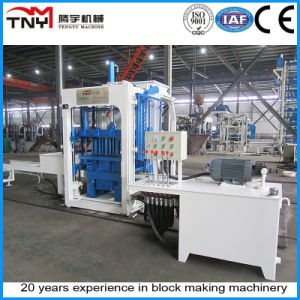 Semi-Automatic Concrete Block Making Machine (QT4-15) pictures & photos