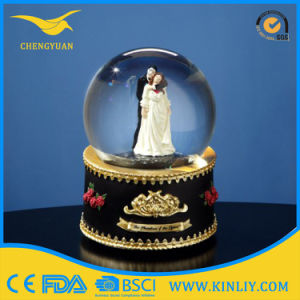 80mm Ballet Resin Snow Globe for Custom Water Ball pictures & photos