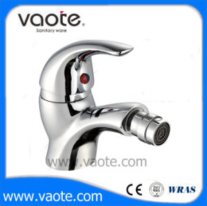 Single Lever Bidet Brass Body Faucet (VT12104) pictures & photos