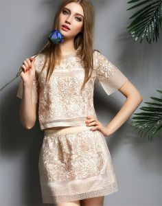 European Fashion Organza Embroidery Two-Piece Dress pictures & photos