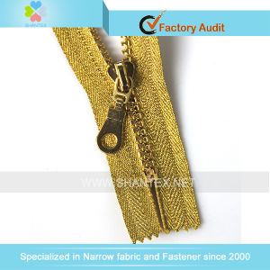 5# Plastic Zipper Gold Tape Gold Teeth pictures & photos