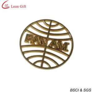 Custom Logo Alphabet Gold Lapel Pin (LM1748) pictures & photos