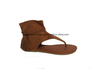 Sexy Wholesale Women Fashion Flat Heel Casual Sandals with Tassel pictures & photos