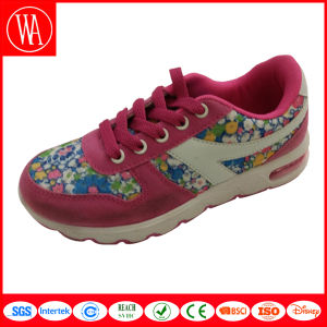 Comfort Sports Kids Shoes with Flower Printing pictures & photos