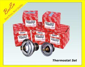 Thermostat Hino Excavator Engine J05/J08/P11c pictures & photos
