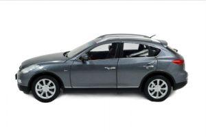 1: 18 Scal Mode 2013 Diecast Model Car Grey
