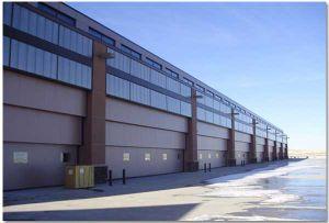 Vertical Lift Industrial Door pictures & photos