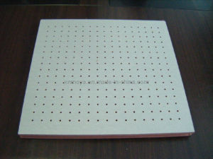 Perforated Wooden Acoustic Board, Sound Absorption Panel for Ceiling Decorative pictures & photos