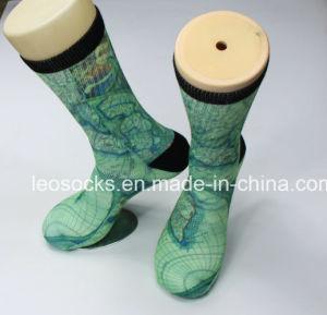 3D Printed Socks 360 Wholesale Digital Print Men Soccer Socks Sublimation Basketball Socks pictures & photos