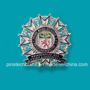 High Quality Real Silver Plated Lapel Pin pictures & photos