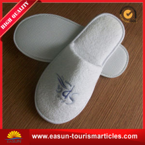 Guest Cheap Disposable Airline Slippers Set pictures & photos