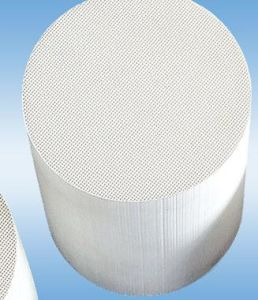 Honeycomb Ceramic Substrate Ceramic Honeycomb Catalyst pictures & photos