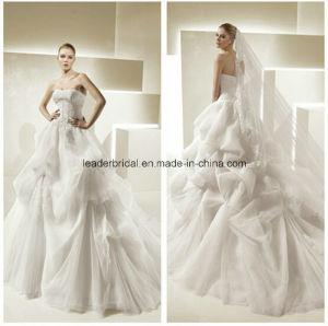 Tulle Fashin Strapless Ball Gown White Wedding Dresses Z5052 pictures & photos