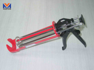 Caulking Gun (3 rods Heavy duty model) pictures & photos