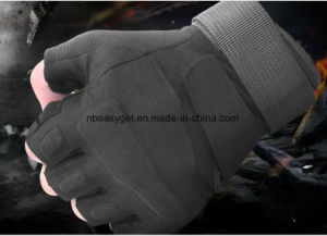 Half-Finger Protecting Gloves for Gym Workout Fitness Cross Training Weight Lifting & Outdoor Sports pictures & photos