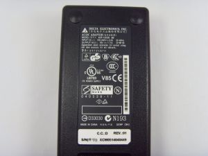 Laptop AC/DC Original Adapter for Delta ADP-135dB Bb Ap. 13501.005 19V 7.11A 5.5mm/2.5mm pictures & photos