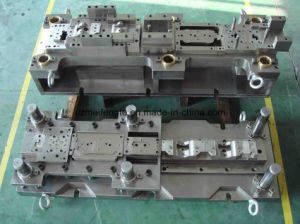 Automobile Chassis Connecting Piece Progressive Die pictures & photos