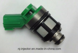 Fuel Injector 16600-1s700 for Nissan Pickup 2.4L pictures & photos