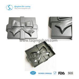Die Casting Aluminum Cake Pan for Baking Tools in Chritams pictures & photos