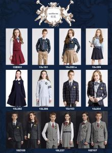 Middle School Boy/Girl Student Uniform in New Design pictures & photos
