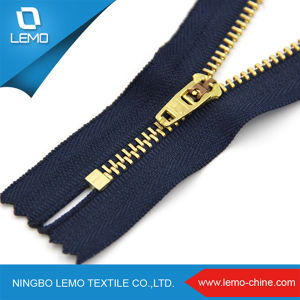 Zipper Factory Wholesale Customized #5 Metal Zipper for Sale pictures & photos
