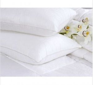 High Quality 100% Microfiber Pillow pictures & photos