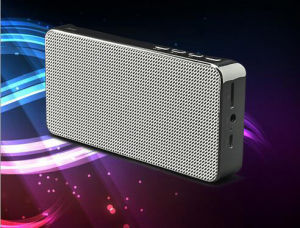 Zinc Alloy Stereo Active Wireless Bluetooth Professional Speaker pictures & photos