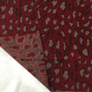 Three Colors Leopard Print Jacquard Wool Fabric Stock pictures & photos