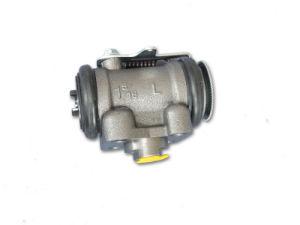 Brake Wheel Cylinder for Isuzu Nqr 700p pictures & photos