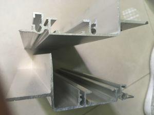 6063-T5 Aluminum Extrusion/Industrial Aluminium Profiles pictures & photos