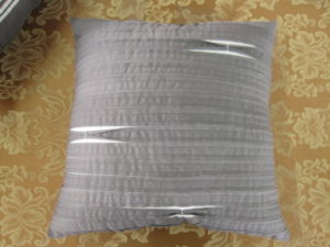 Shutter Pleats Solid Grey Square Pleats Pillow pictures & photos